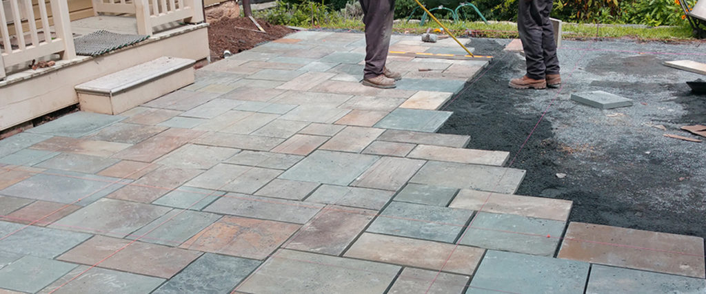 Mount Airy, MD – Paver Driveway & Pennsylvania Flagstone Patio - Mount Airy, MD - Paver Driveway & Pennsylvania Flagstone Patio